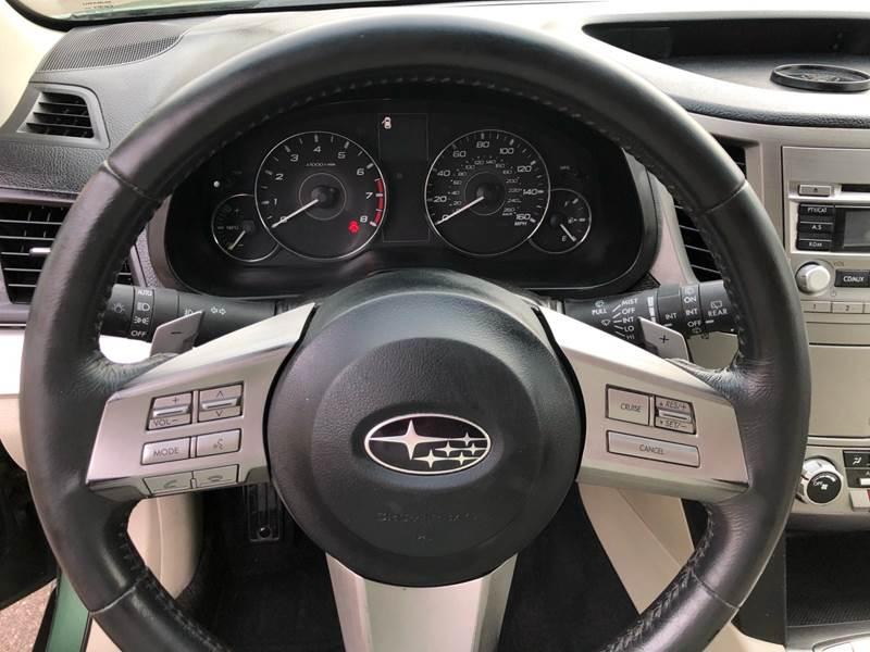 2011 Subaru Outback 3.6R Premium (image 20)