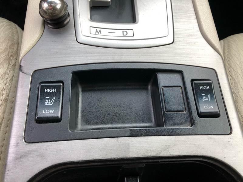 2011 Subaru Outback 3.6R Premium (image 22)