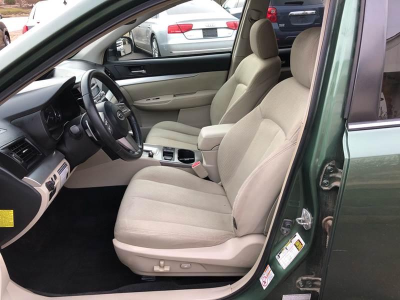 2011 Subaru Outback 3.6R Premium (image 27)
