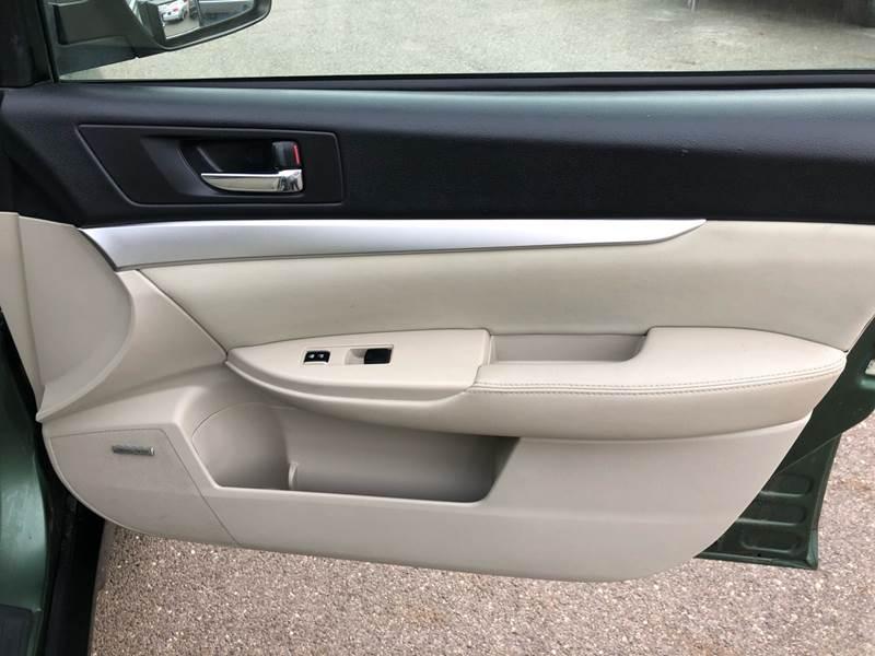 2011 Subaru Outback 3.6R Premium (image 29)