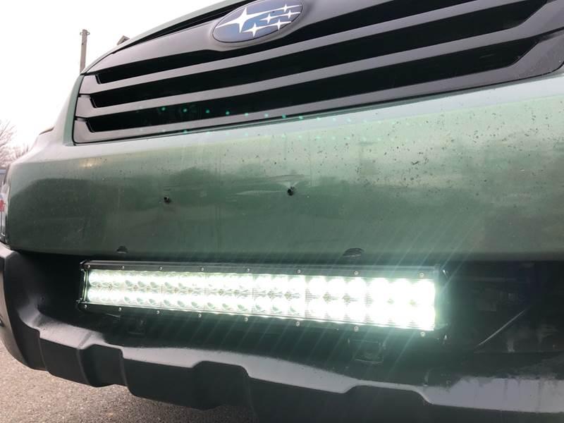 2011 Subaru Outback 3.6R Premium (image 36)