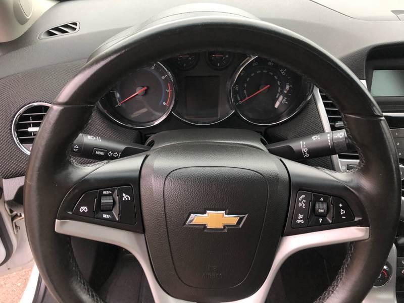 2011 Chevrolet Cruze LTZ (image 19)