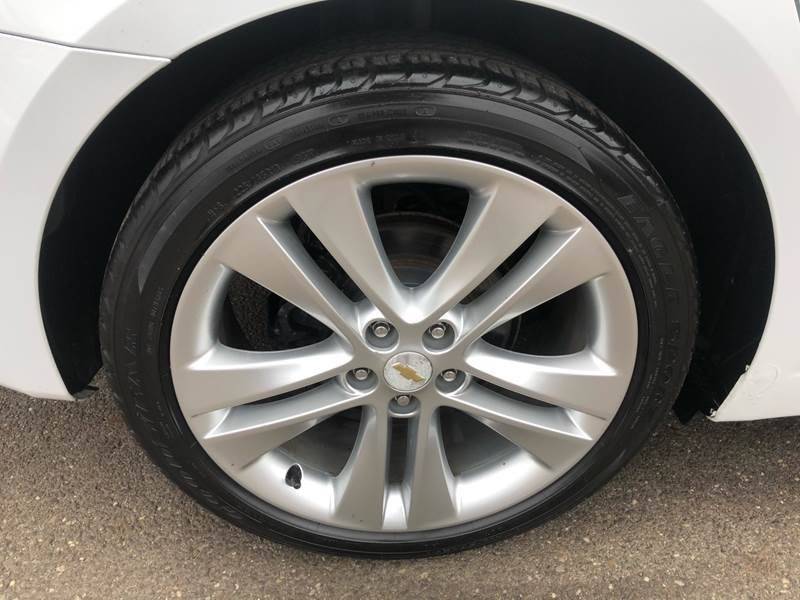 2011 Chevrolet Cruze LTZ (image 32)