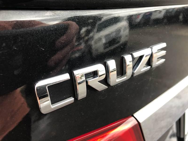 2012 Chevrolet Cruze LTZ (image 17)