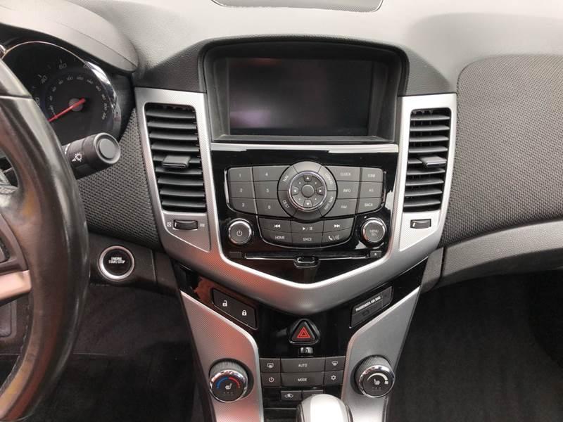 2012 Chevrolet Cruze LTZ (image 22)