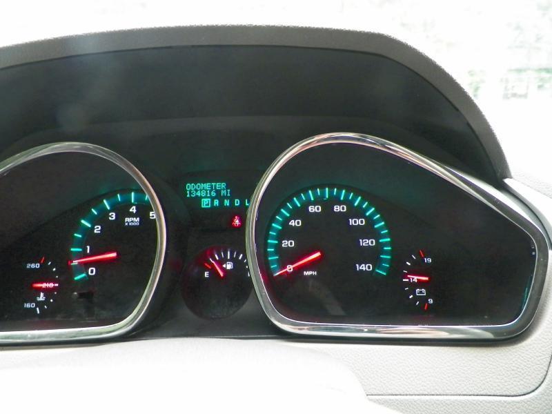 2012 Chevrolet Traverse LT 4dr SUV w/ 2LT - Fuquay Varina NC