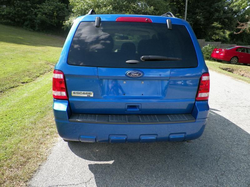 2011 Ford Escape XLT 4dr SUV - Fuquay Varina NC