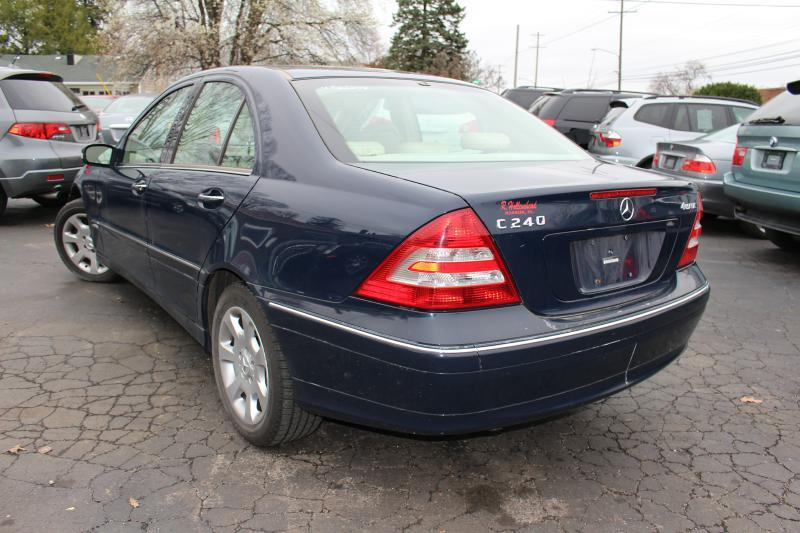 2005 Mercedes-Benz C-Class for sale at Ideal Motorcars in Columbus OH