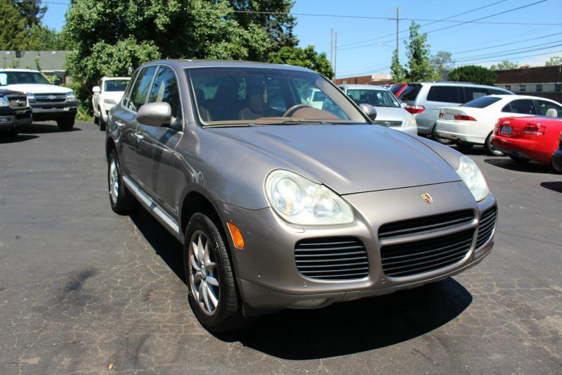 2004 Porsche Cayenne for sale at Ideal Motorcars in Columbus OH