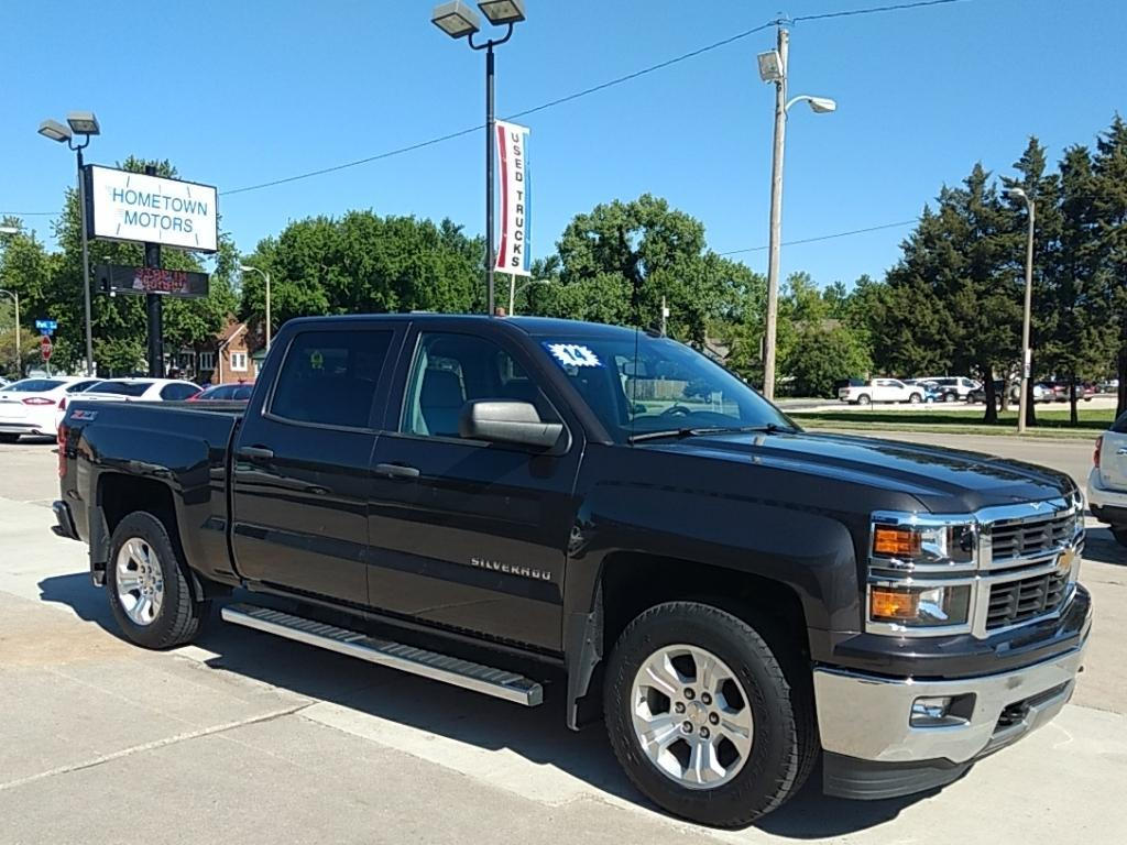 2014 Chevrolet Silverado 1500 for sale at HOMETOWN MOTORS in Mcpherson KS