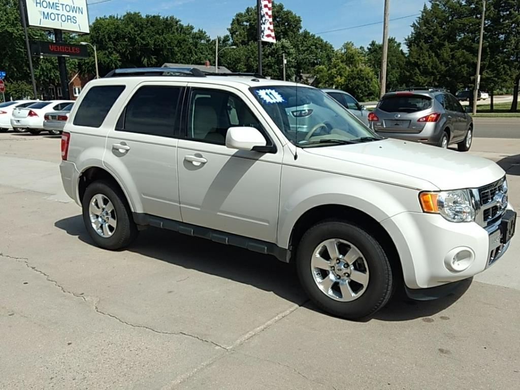2011 Ford Escape for sale at HOMETOWN MOTORS in Mcpherson KS