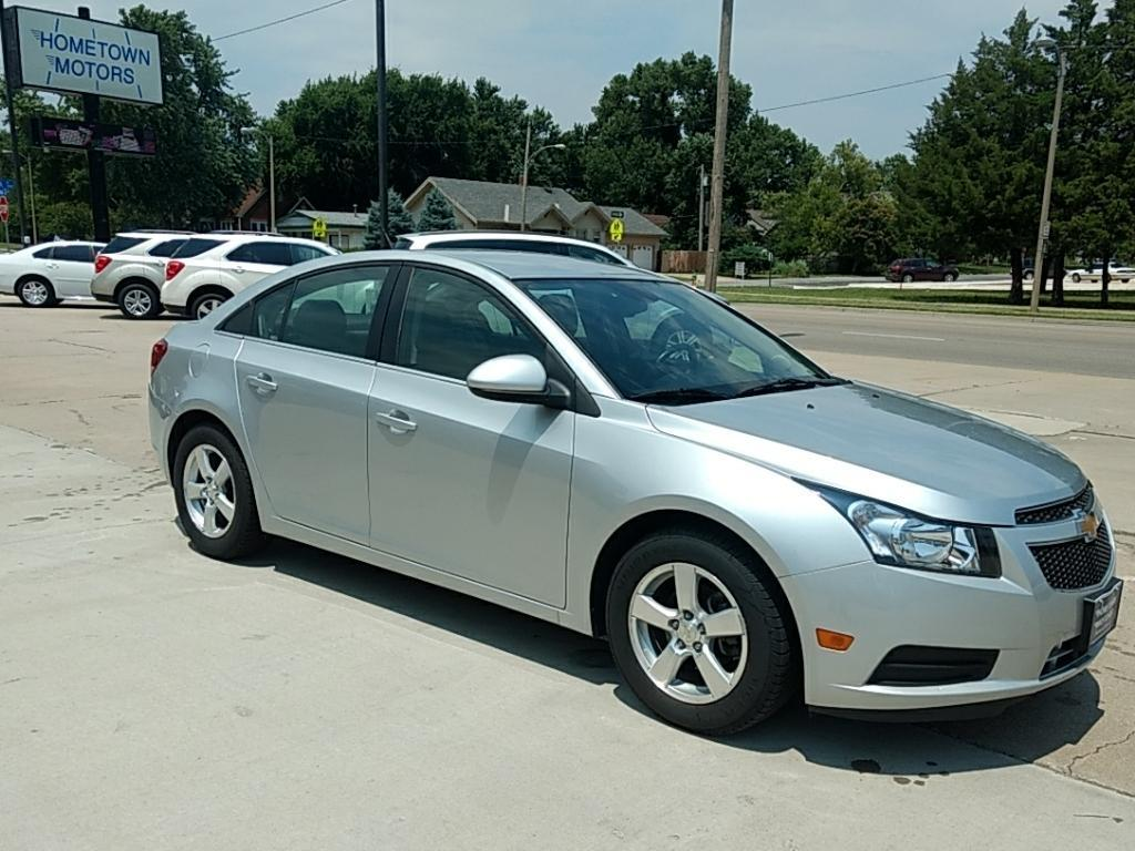 2014 Chevrolet Cruze for sale at HOMETOWN MOTORS in Mcpherson KS