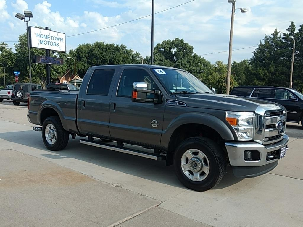 2014 Ford F-250 Super Duty for sale at HOMETOWN MOTORS in Mcpherson KS