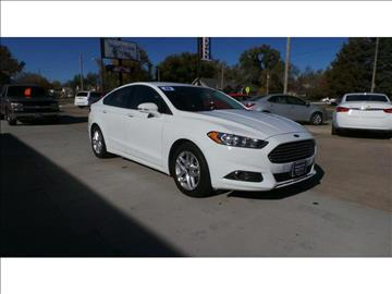 2016 Ford Fusion for sale at HOMETOWN MOTORS in Mcpherson KS