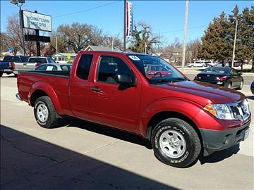 2014 Nissan Frontier for sale at HOMETOWN MOTORS in Mcpherson KS