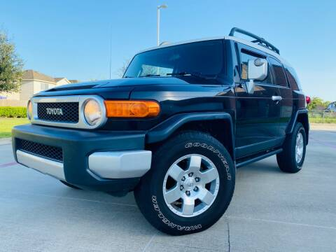 2007 Toyota FJ Cruiser for sale at AUTO DIRECT in Houston TX