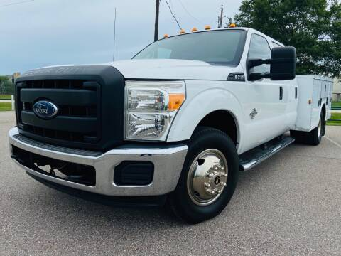 2012 Ford F-350 Super Duty for sale at AUTO DIRECT in Houston TX