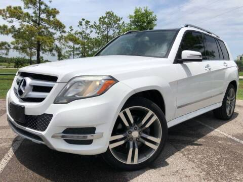 2013 Mercedes-Benz GLK for sale at AUTO DIRECT Bellaire in Houston TX