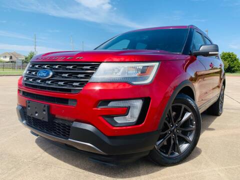2017 Ford Explorer for sale at AUTO DIRECT Bellaire in Houston TX