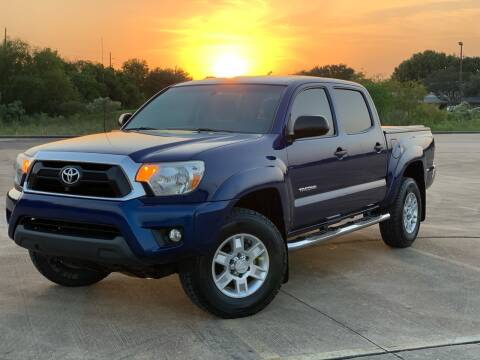 2015 Toyota Tacoma for sale at AUTO DIRECT in Houston TX