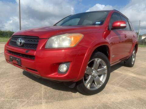 2011 Toyota RAV4 for sale at AUTO DIRECT Bellaire in Houston TX