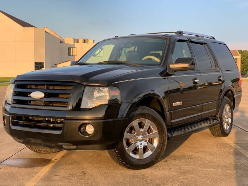 2008 Ford Expedition for sale at AUTO DIRECT in Houston TX