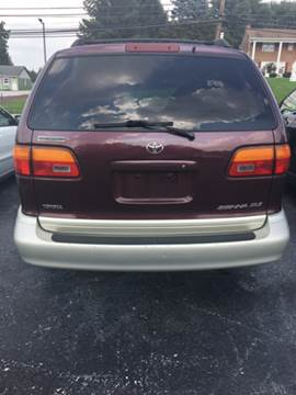 1999 Toyota Sienna for sale in Dover, PA