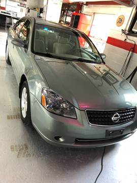 2006 Nissan Altima for sale at LAUER BROTHERS SOUTH in York PA