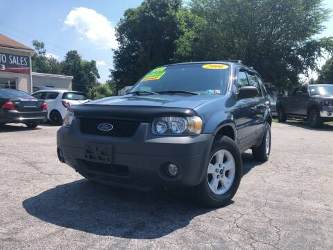 2006 Ford Escape for sale at LAUER BROTHERS SOUTH in York PA