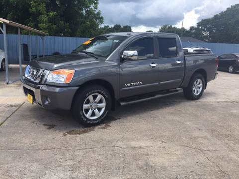 2014 Nissan Titan for sale in Nederland, TX