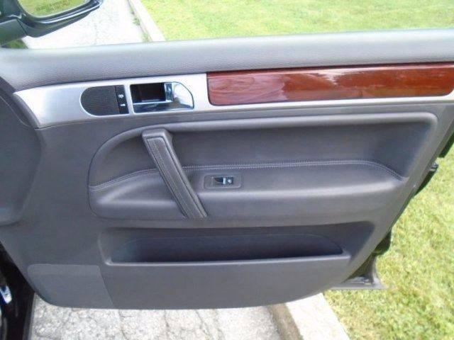 2005 Volkswagen Touareg AWD V6 4dr SUV - Allentown PA