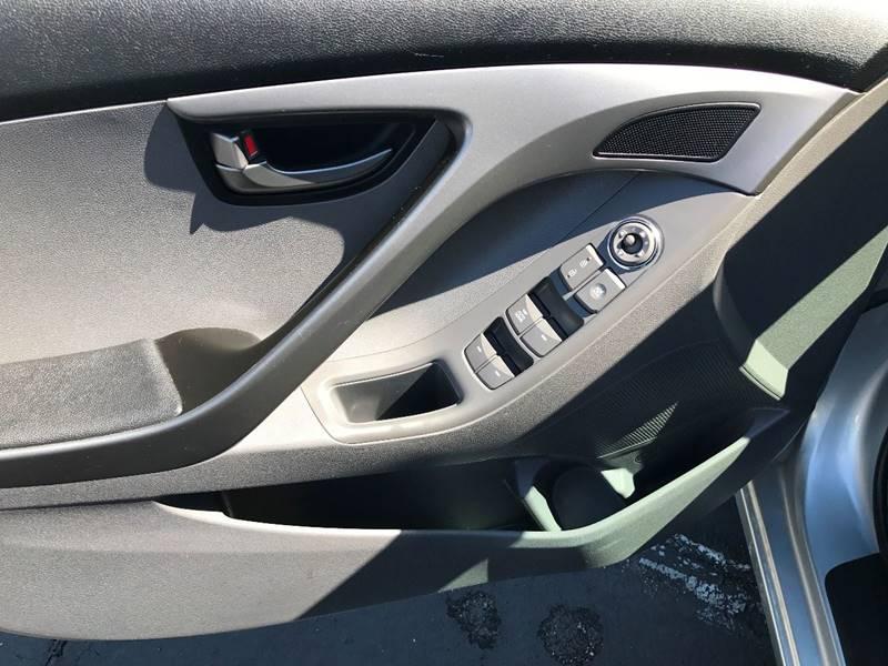 2013 Hyundai Elantra GLS 4dr Sedan - Colton CA