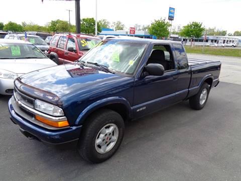2003 Chevrolet S-10 for sale at Aspen Auto Sales in Wayne MI
