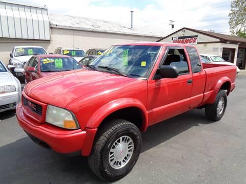 2001 GMC Sonoma for sale at Aspen Auto Sales in Wayne MI