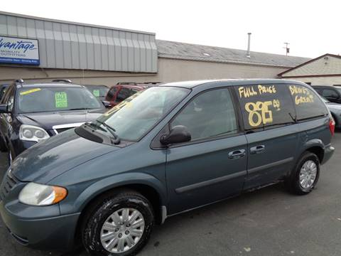 2005 Chrysler Town and Country for sale at Aspen Auto Sales in Wayne MI