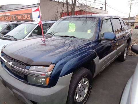 2002 Chevrolet Avalanche for sale at Aspen Auto Sales in Wayne MI