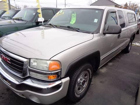 2004 GMC Sierra 1500 for sale at Aspen Auto Sales in Wayne MI