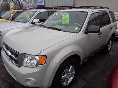 2009 Ford Escape for sale at Aspen Auto Sales in Wayne MI