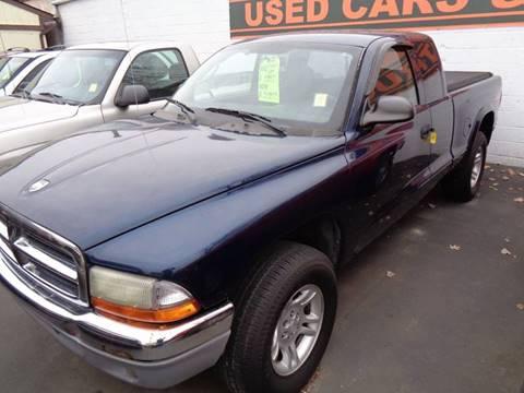 2003 Dodge Dakota for sale at Aspen Auto Sales in Wayne MI