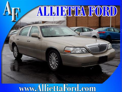 2004 Lincoln Town Car for sale in Wellsburg, WV