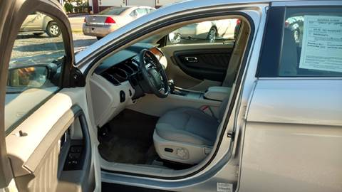 2011 Ford Taurus for sale in Hurst, IL