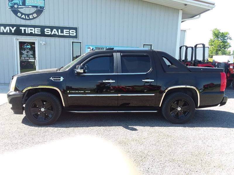 2007 Cadillac Escalade EXT for sale at Tommy's Truck and Tractor in Ada OH