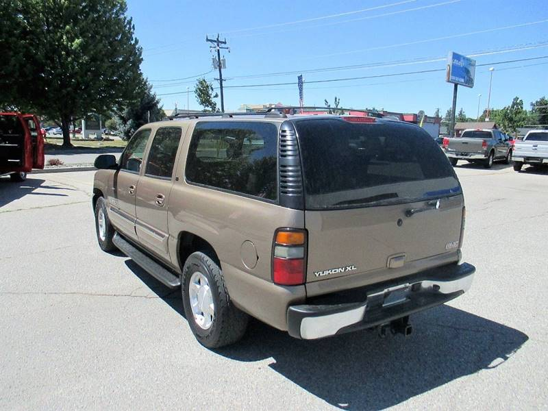 2004 GMC Yukon XL for sale at LEGACY AUTO SALES in Boise ID