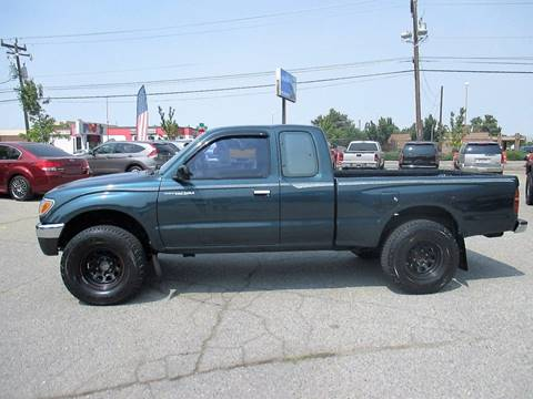 1996 Toyota Tacoma for sale at LEGACY AUTO SALES in Boise ID