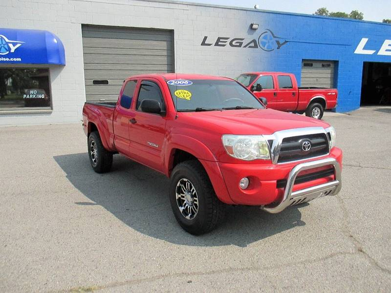 2006 Toyota Tacoma for sale at LEGACY AUTO SALES in Boise ID