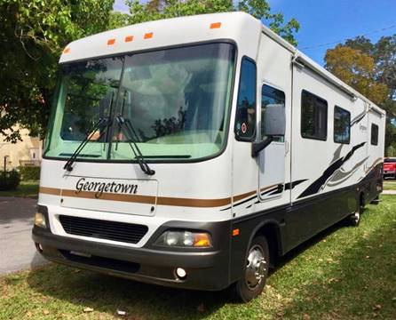 2004 Ford Motorhome Chassis for sale in Miami, FL
