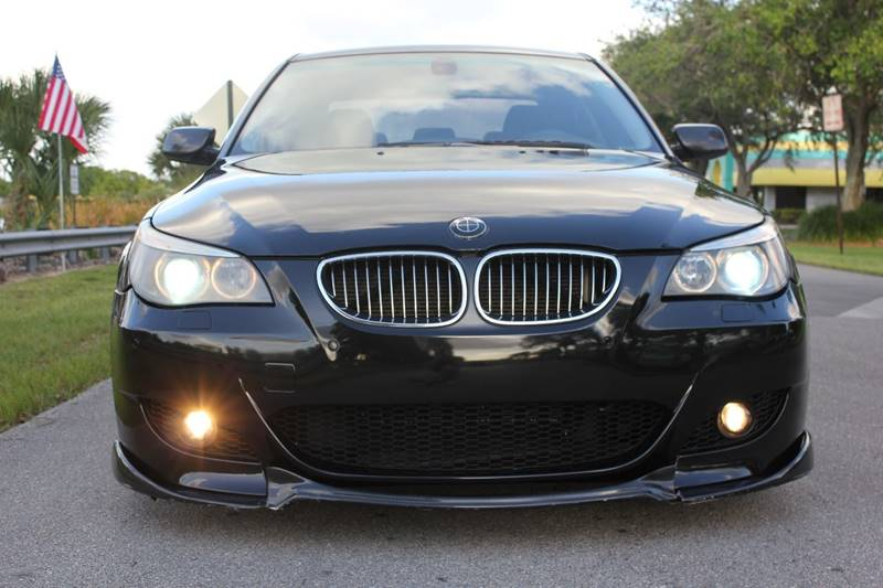 2004 bmw 545i sedan 84 126 miles black black sport. Black Bedroom Furniture Sets. Home Design Ideas