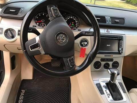 2010 Volkswagen Passat for sale in Louisville, KY