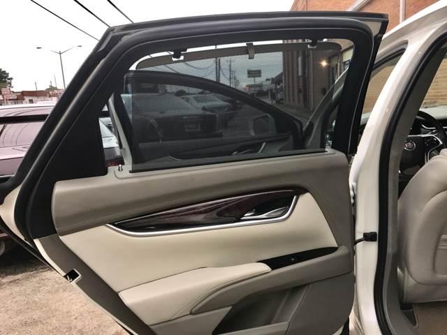 2013 Cadillac XTS AWD Platinum Collection 4dr Sedan - Chesapeake VA