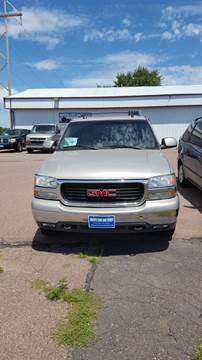 2004 GMC Yukon XL for sale at Dakota Cars and Credit in Sioux Falls SD